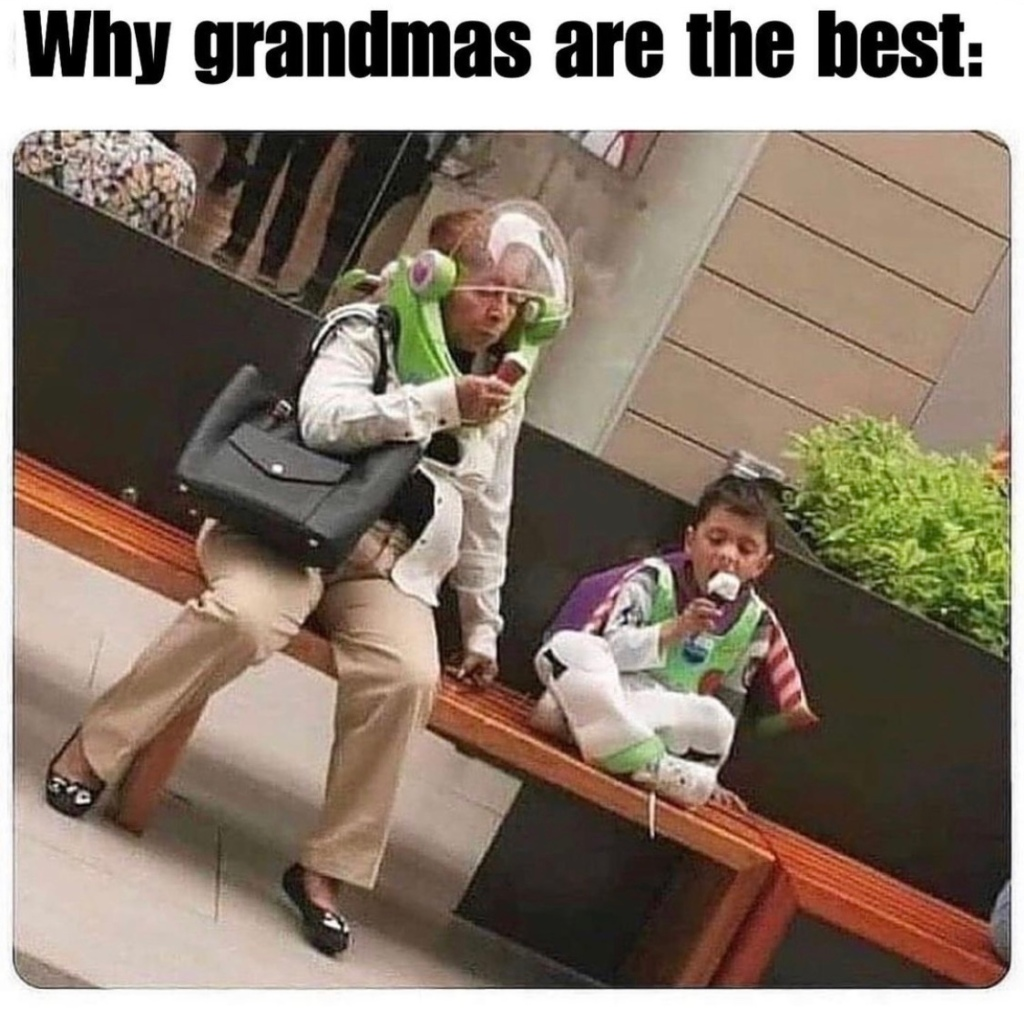 "THINGS THAT MAKE YOU SMILE: EDITION #2 ""Grandmas Are The Best"""